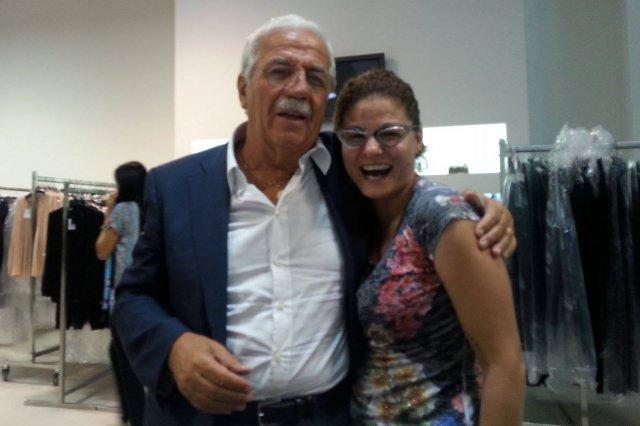 Sandro Ferrone incontra la titolare del punto vendita di Este